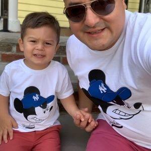 T-Shirt Addicts Shirts - Serious Yankee Fan Mickey T-Shirt Set